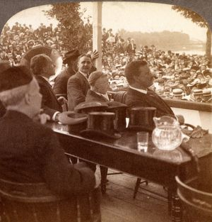 President Roosevelt and 80,000 miners listening to Union President John Mitchell